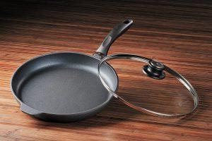 Swiss Diamond 6428ic Induction Nonstick Fry Pan